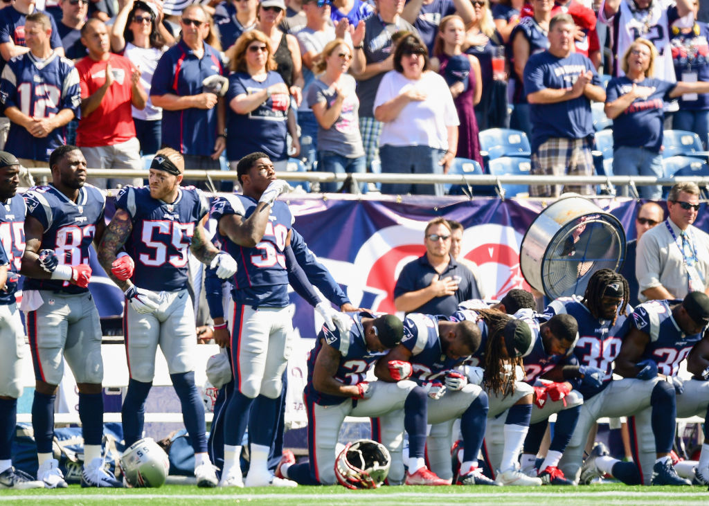 Trump wants rule to stop NFL players from kneeling during anthem