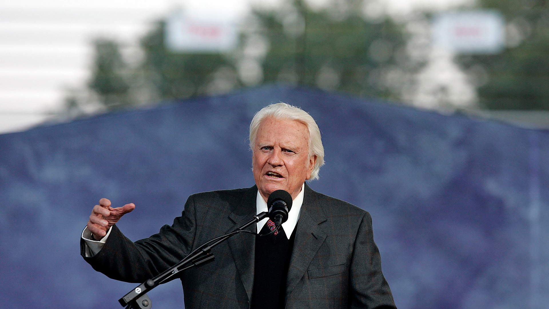 Online petition calls for national holiday honoring Rev. Billy Graham